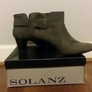 Solana ankle boot
